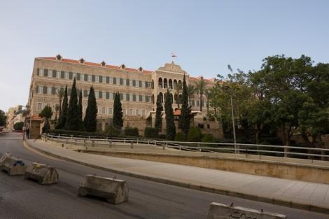 Libanonin valtioneuvoston palatsi (Grand Serail) Beirutin keskustassa. Kuva: JS