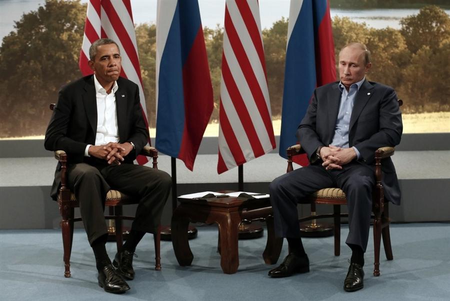obama putin awkward