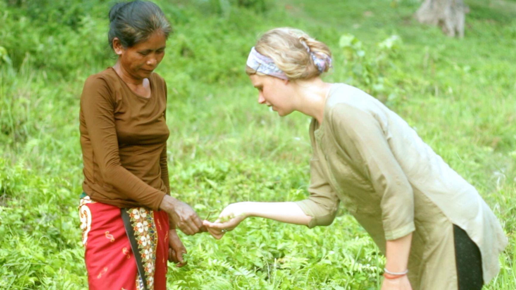 Oxleay.com (CC) Dream • Dhurba's Sapana Village • Chitwan • NEPAL-12. Video @ youtu.be/fvk9TxmTz3w