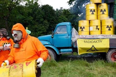 Ydinjätteen varastointia vastustava mielenosoitus saksalaisessa Leesen kylässä 2014. [Kuva: Michaela, Flickr]