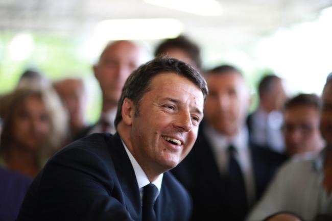 Italian pääministeri Matteo Renzi ajaa mittavia muutoksia maan perustuslakiin. Kansa äänestää uudistuksen kohtalosta 4. joulukuuta. Kuva: Francesco Pierantoni